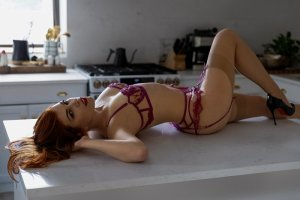 Emilie-rose tantra massage